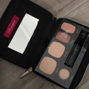 Brand New BareMinerals Makeup Kit and Clutch